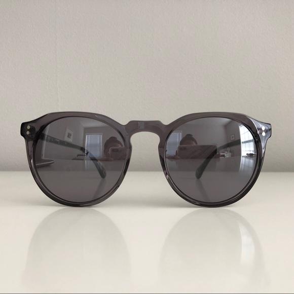 1fd4512e107 Raen Remmy Unisex Retro Round Sunglasses. M 5b1d5bfbaa5719b41419ca09